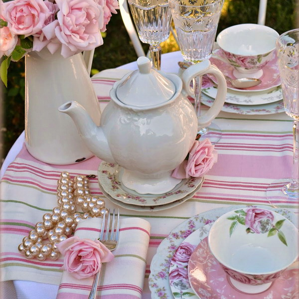 summer-afternoon-tea-in-garden